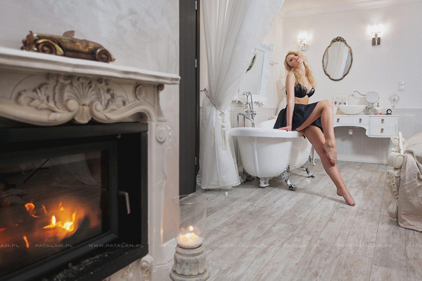 litewska urowa, modelka z litwy, sesja stylizowana, sesja w apartamencie, portret, fotograf ostrołeka