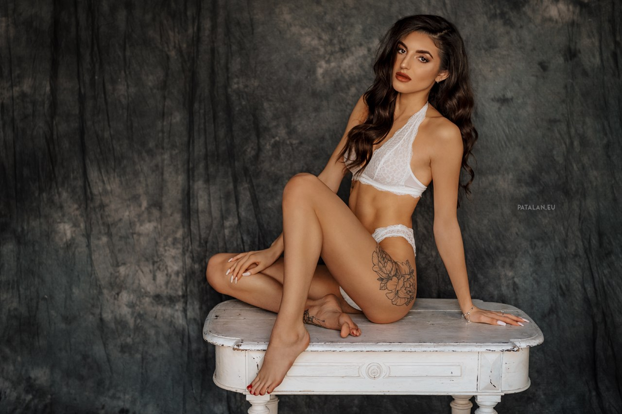 fotograf_bialystok_sensual_portret_topless_buduar003