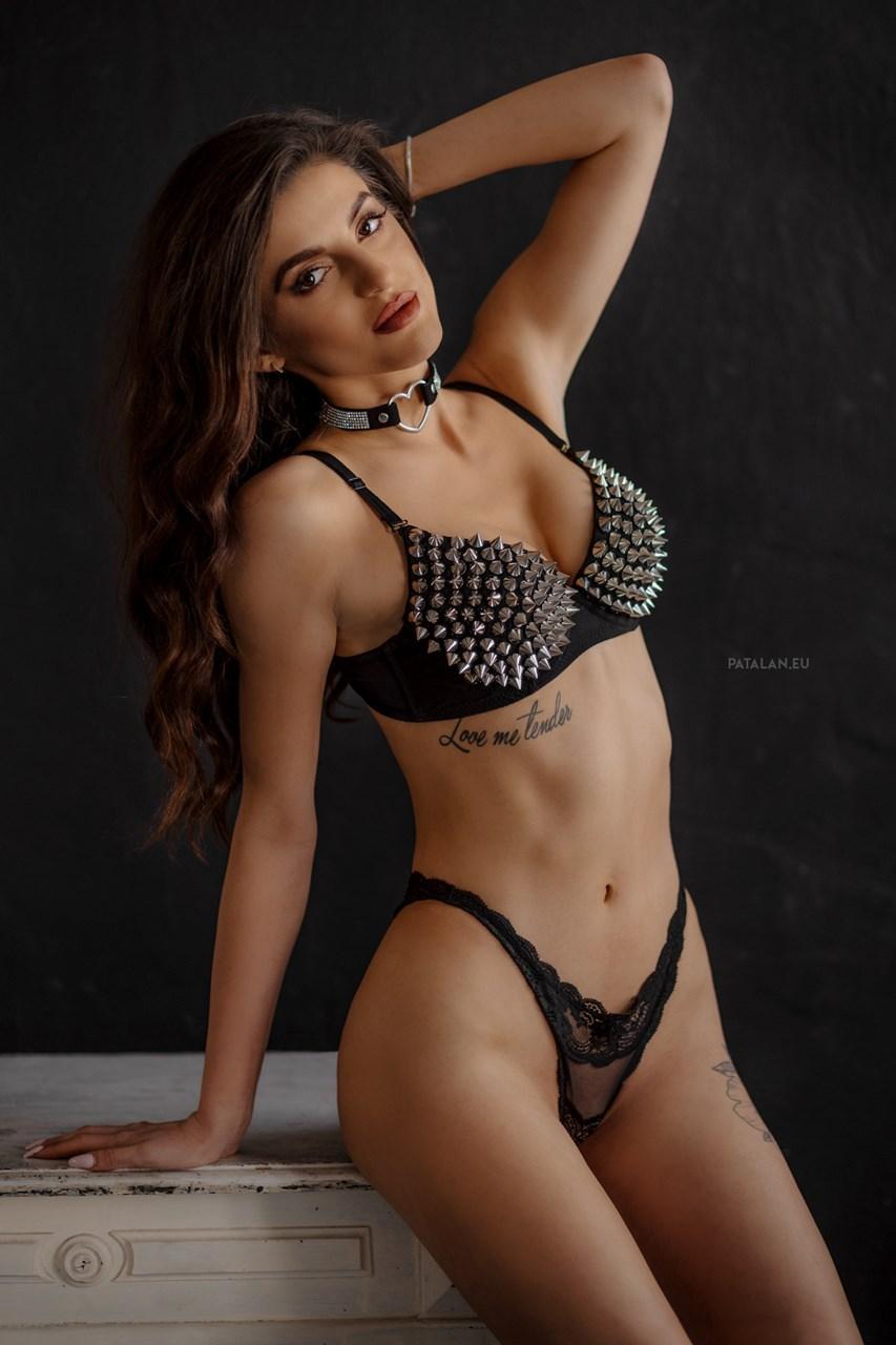 fotograf_bialystok_sensual_portret_topless_buduar007